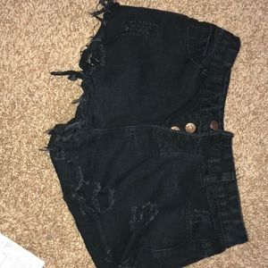 Pants - NWOT Black, high-waisted, multiple button shorts